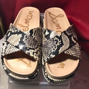 Sam Edelman slide sandal in python size 7